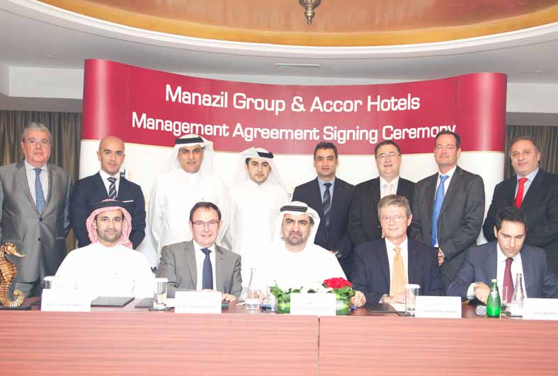 The agreement was signed between AccorHotels and Manazil Group.