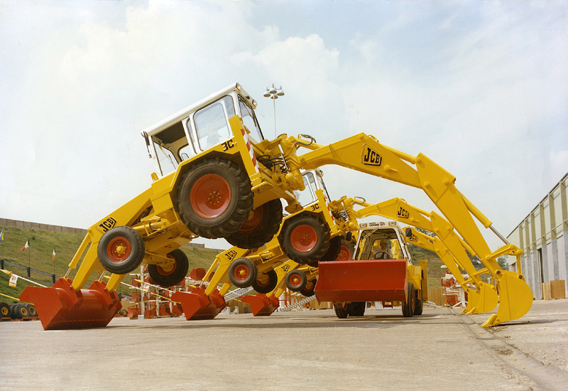 Loaders are expected to contribute more than 44% of the total market revenue.