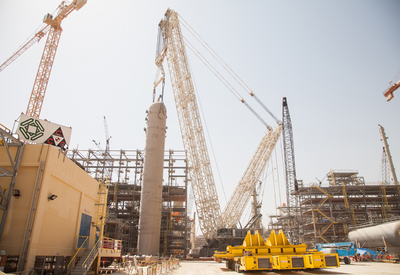 Al Jaber used its Terex CC 8800-1 TWIN to lift two 1,300-tonne AGR absorbers at a petrochemical development in Qatar.