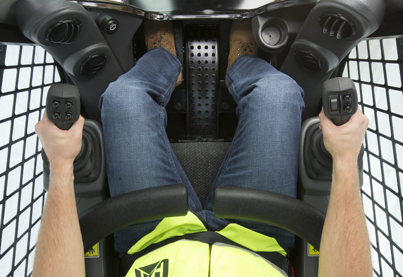 The recessed foot pedals are adjustable (for ergonomics), while a sturdy centre step between the pedals enables entry and egress.