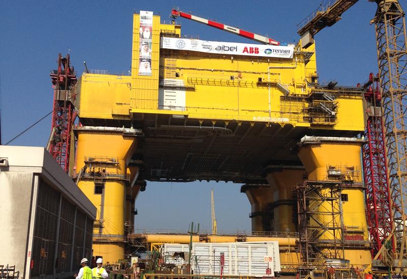 NEWS, SUSTAINABILITY, PMV, Docks, DolWin Beta, Drydocks World, Heavy lift, HVDC platform, Offshore wind