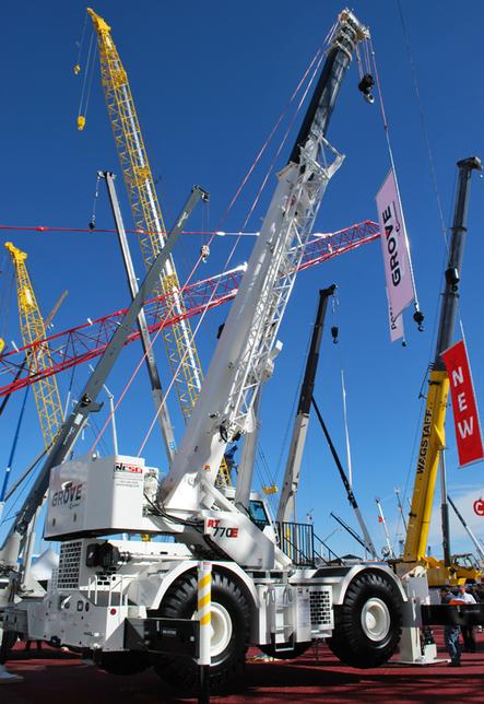 Chunjo placed an order for 50 Grove RT770E rough-terrain cranes at CONEXPO-CON/AGG 2014.