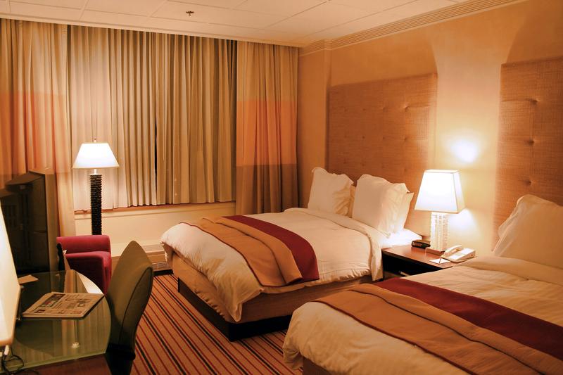 NEWS, Business, Hotels