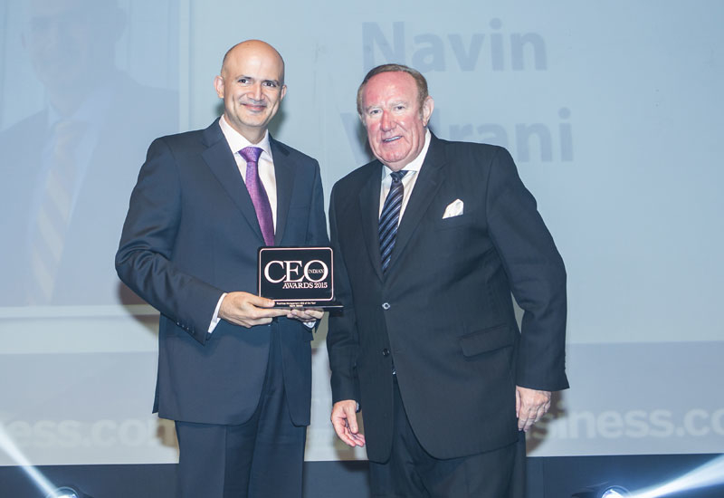 Navin Valrani, CEO of Al Shirawi FM, receiving the award for FM CEO of the Year 2015