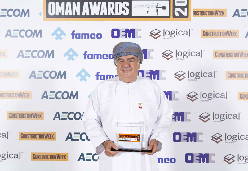 Simon Karam of Al Taher Group with his Lifetime Achievement award
