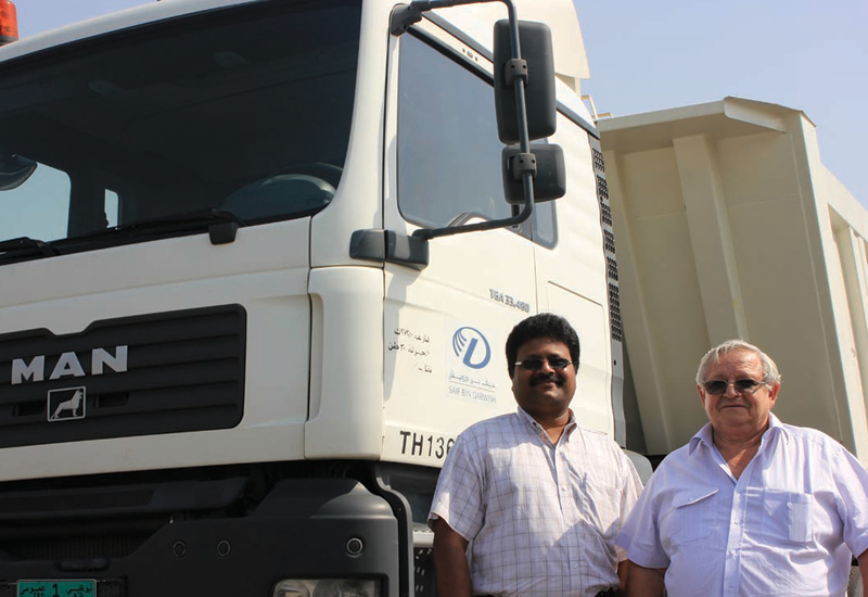 (l-r) S. Surendranath Easwar, Manager of the Central Workshop Transport and. R.D. Pepler, General Manager, Plant Division of Saif Bin Darwish