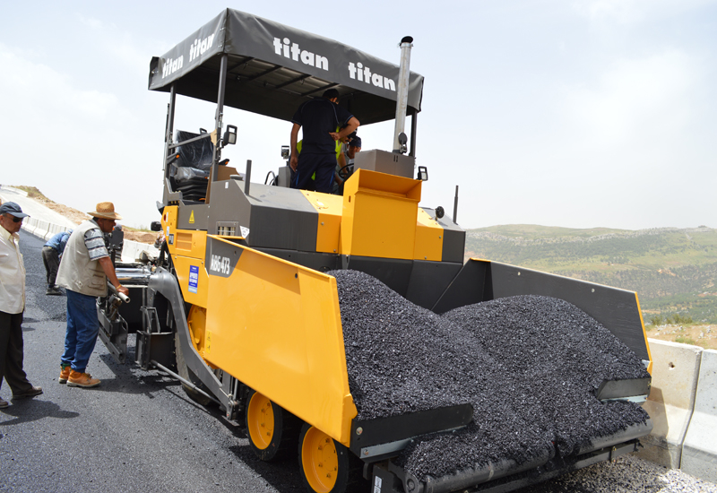 NAH is using its Volvo CE ABG Titan 473-2 paver across both road projects.