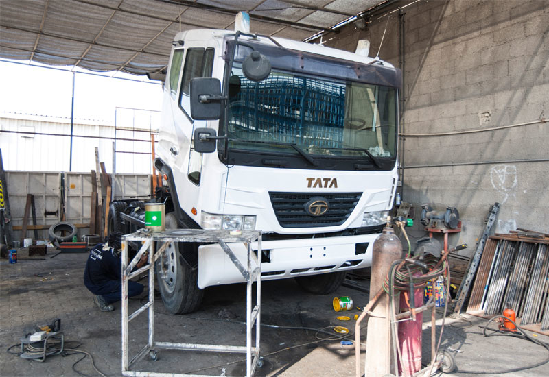 Having been impressed with the quality of Tata Novus trucks (above) purchased since 2007, Surendra and his colleagues decided to order new Prima model