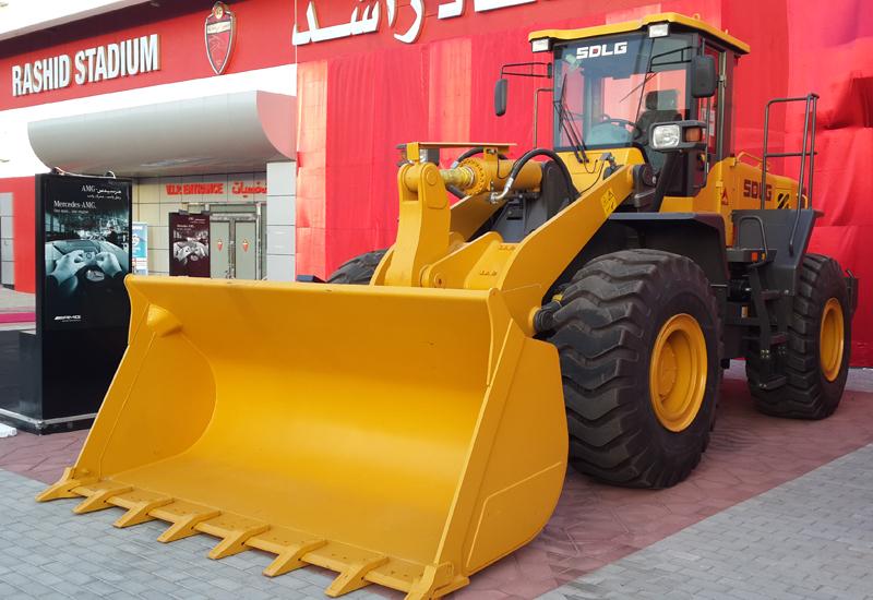 The LG958L wheel loader greeted SDLG customers outside Al-Rashid Stadium's VIP entrance.