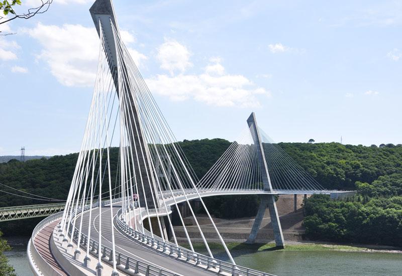 Pont Terenez, built by Vinci