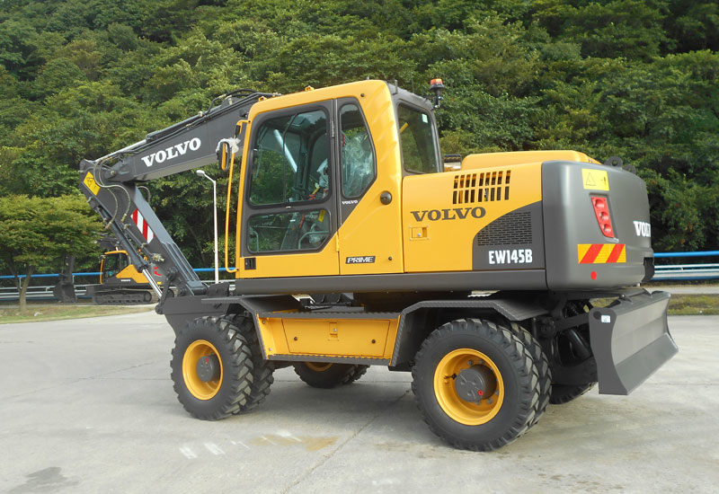 The Volvo EW145B Prime wheeled excavator is now available in the Middle East and Africa (MEA) region.