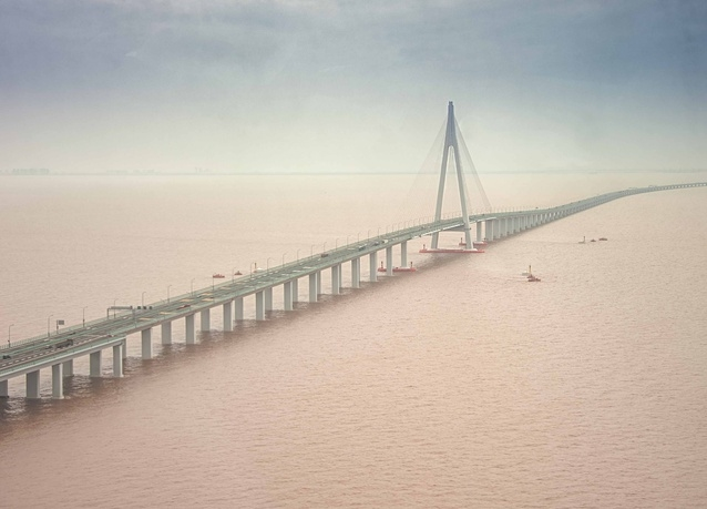 Hangzhou bridge built by China Communications Construction.