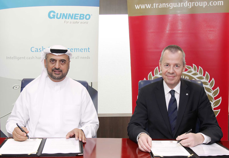 Dr. Abdulla Al Hashimi, CEO, Transguard Group (left) and Henrik Lange, CEO, Gunnebo (right).