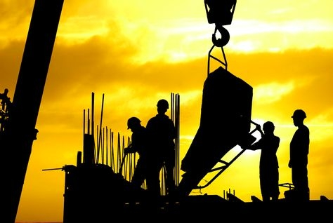 Workers must be given access to the necessary safety equipment.