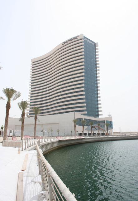 Damac's Marina Bay tower at Reem Island, Abu Dhabi