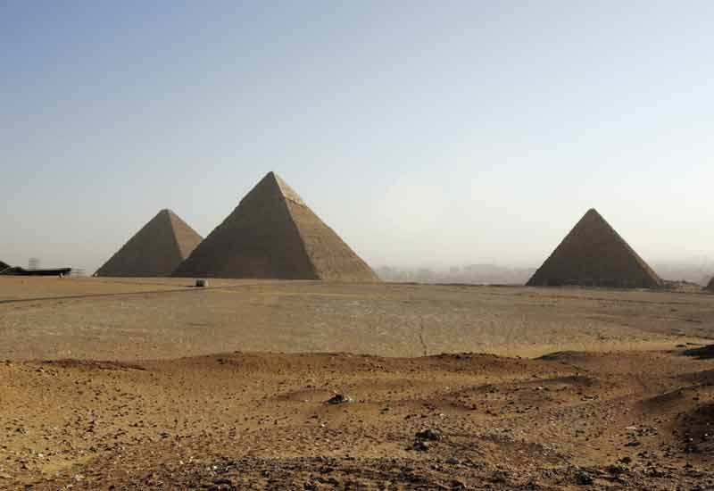 The pyramids will be similar to the Great Pyramid of Cheops in Giza, but on a smaller scale.