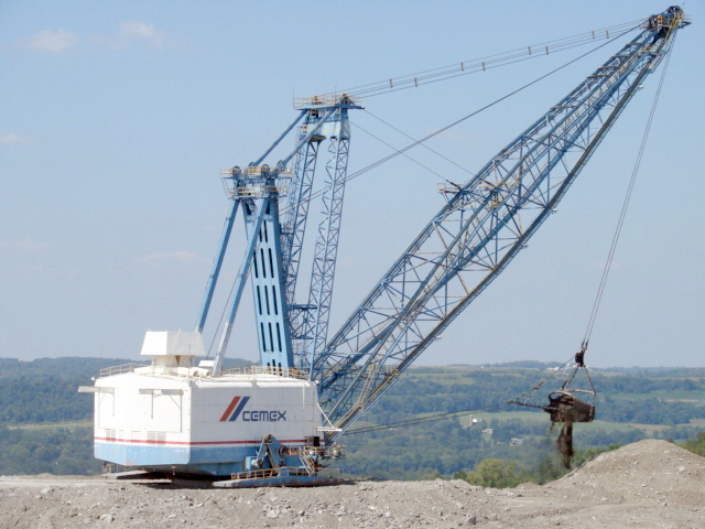 The dragline has a shipping weight of 167 tons, plus ballast.