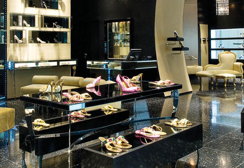 Gina Shoes,  Dubai Mall.