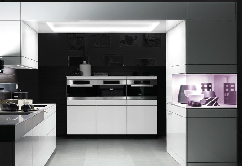 Kitchens & beyond/Poggenpohl.