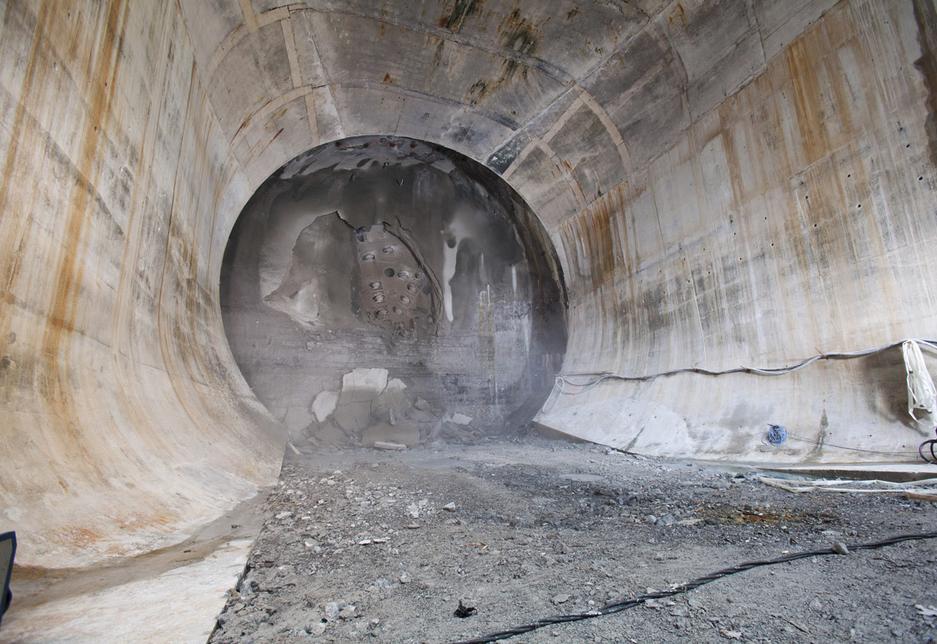 NEWS, Projects, Niagara Falls channels through $1.6bn hydro tunnel