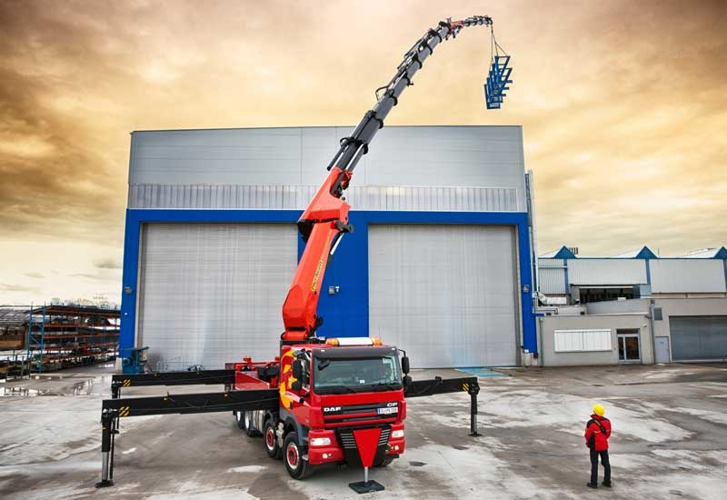 The new knuckle boom crane with the hydraulic fly jib attachment.