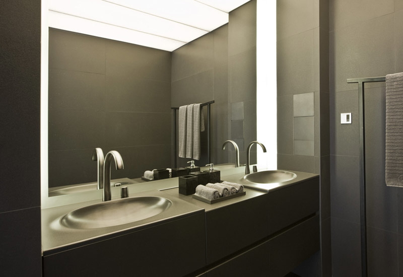 Faucets are minimal