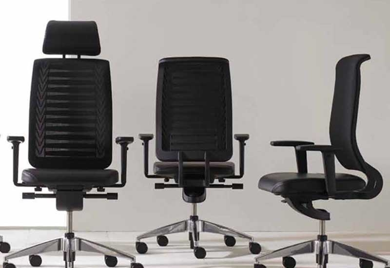 Connexion was designed by Swiss furniture manufacturer, Girsberger.