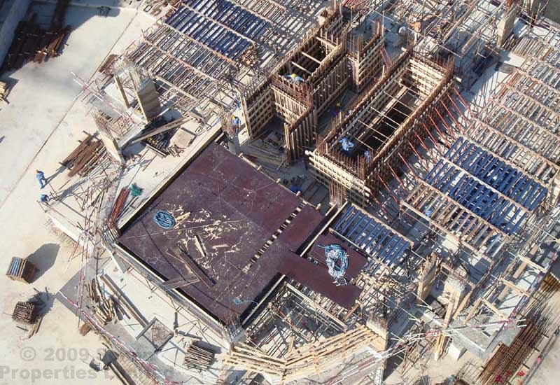 Powerline Gulf and Belhasa Engineering Contracting Company are already in progress within other zones on site. (Photo from Schon Properties)