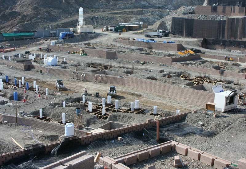 Work at the Mina Al Fajer Resort in Fujairah is progressing as planned.