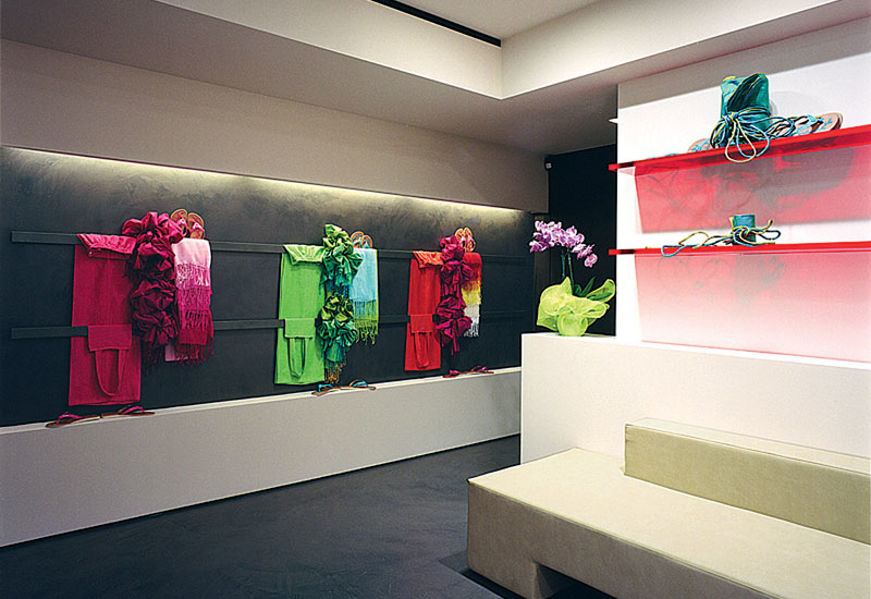A PLS-designed boutique, located at Campomarzio 9, in Rome.