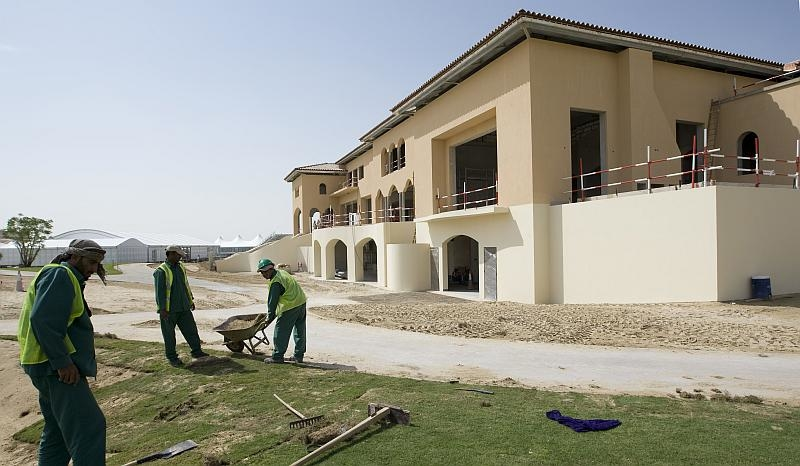 The first villas are expected during H1 2010