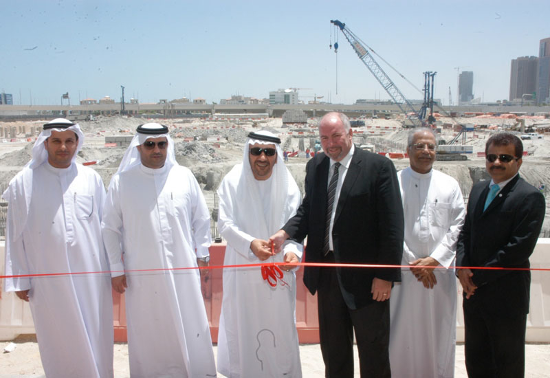 Representatives of Pearl Dubai, AL Habtoor Leighton Group and Tecom at the official construction launch.