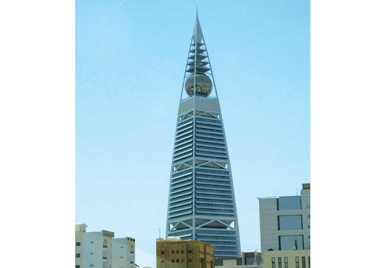 The Al Faisaliya Tower is another Riyadh landmark built by the Saudi Binladin Group.