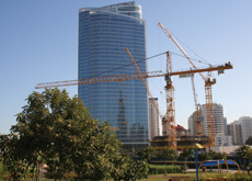 Top-spec cranes will build the tall structure.