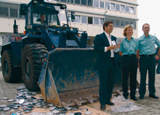 Grohe joins forces with an excavator to crush international counterfeits.