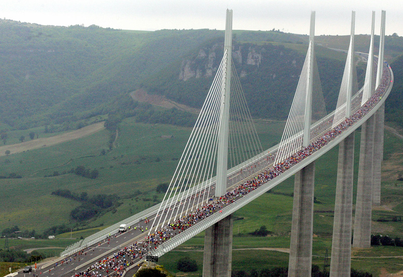 Competitors take part in the 'Viaduc' race, on the Millau viaduct, the world's tallest bridge (ERIC CABANIS/AFP/Getty Images).