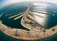 Palm Jumeirah: Peri was responsible for the forming, reinforcement work and concreting of the sub-sea tunnel, which connects the crescent of the Palm