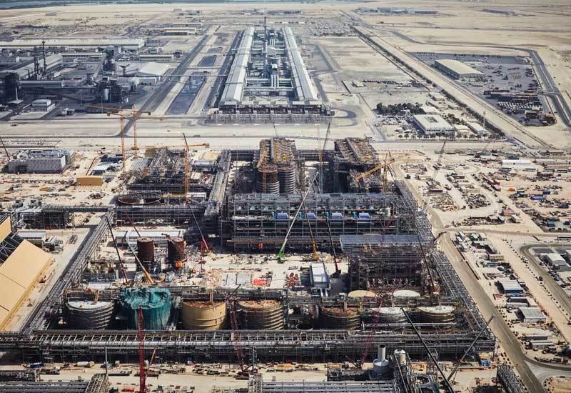 Emirates Global Aluminium's Al Taweelah alumina refinery has recorded a new construction milestone.