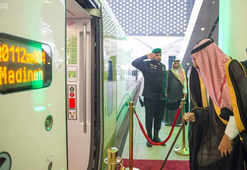 Saudi's King took the first journey on the Haramian High-Speed Rail [image: SPA].