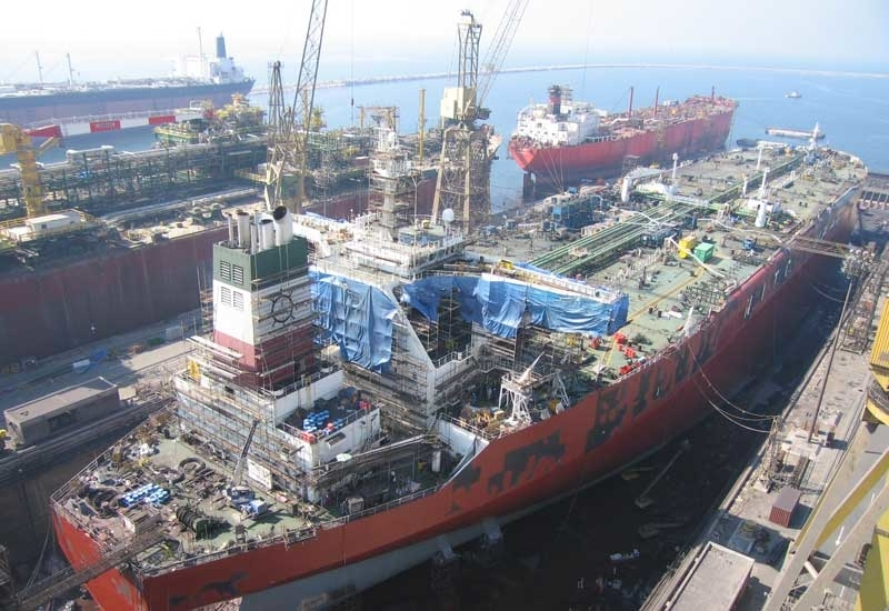 Etihad Esco has partnered with Drydocks World's Dubai shipyard [image: oilandgasmiddleeast.com].