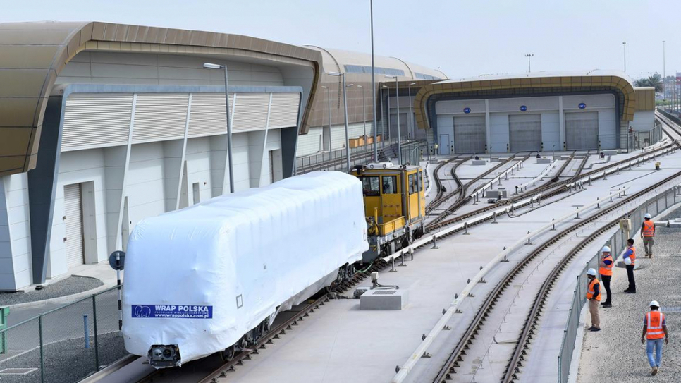 The first of 50 trains for Route 2020 has arrived in Dubai [image: pmvmiddleeast.com].