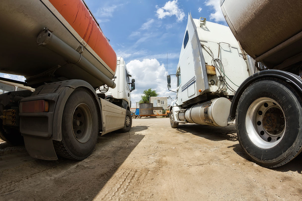 Operators of large fleets, such as construction contractors, can cut costs through proper vehicle management.
