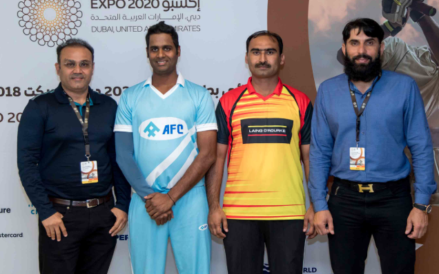 India's Sehwag (left) and Pakistan's Misbah (right) at Expo 2020 Dubai's cricket tournament finale.