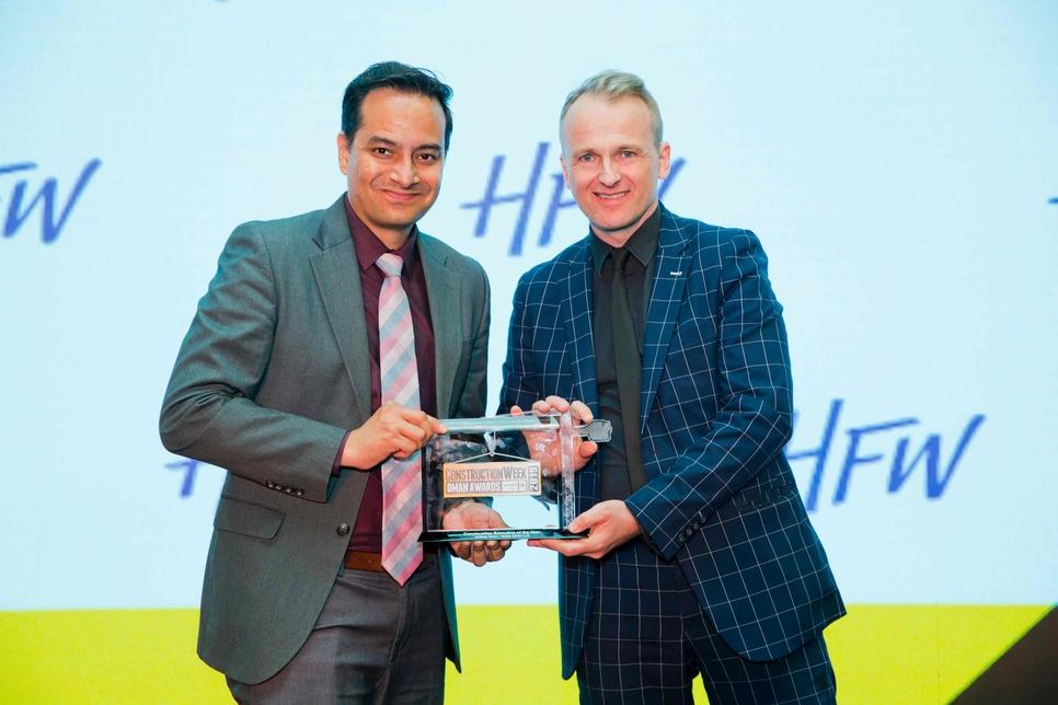 Voltas Oman's Jaldeep Virani won CW Oman Awards 2019 honours.
