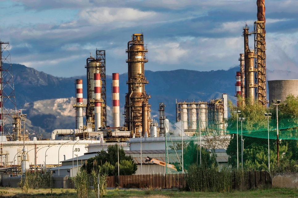 Two contractors died and two were injured at Sasref's refining unit. [representational image]