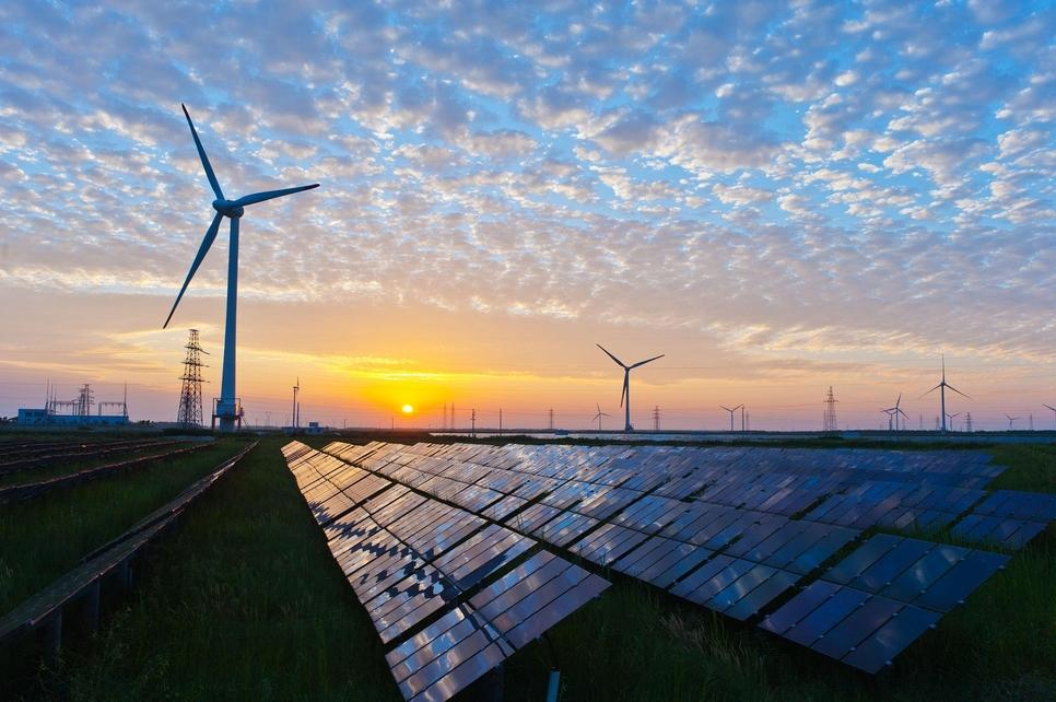 Saudi Arabia is backing renewable energy.