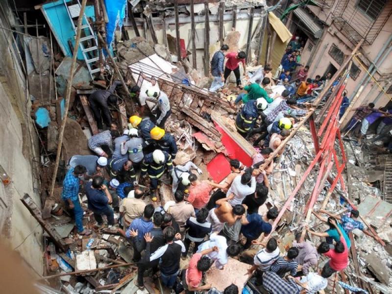 A building collapsed in Dongri, Mumbai.
