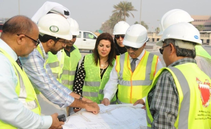 Entrance roads are being built near Bahrain International Airport.