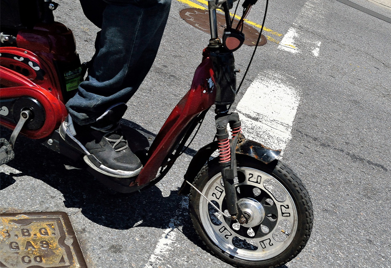 E-scooters may now be driven in Abu Dhabi.