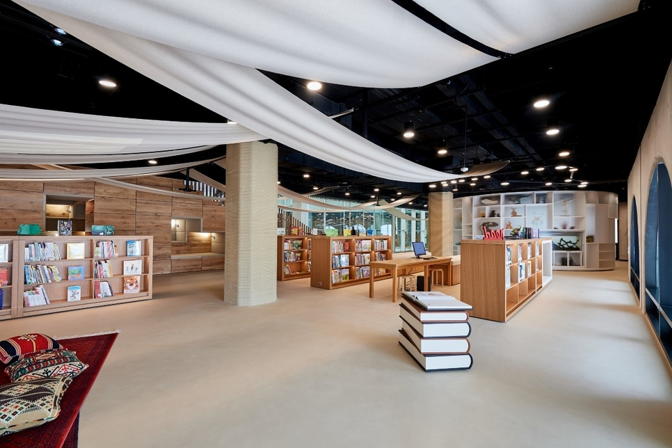 The library covers an area of 5,250m².